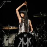 アツい。カッコいい。18歳天才女子のドラムプレイに釘づけ!